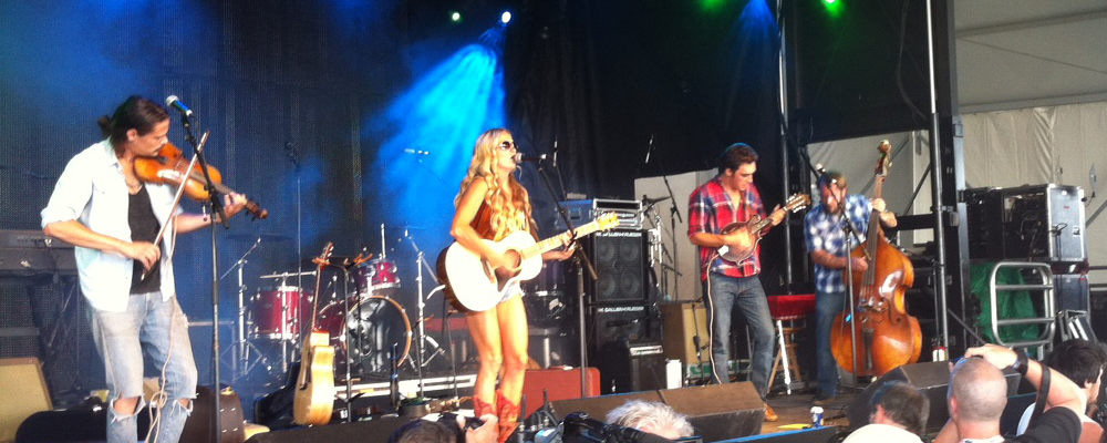 The Stone Sparrows Boots and Hearts 2013JPG