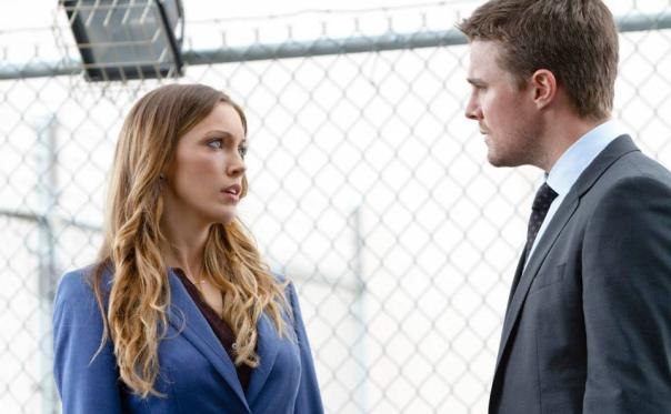 Ollie and Laurel - Arrow Season 2